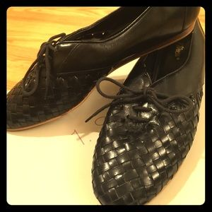 Vintage Flings woven leather shoes
